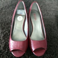Kenneth Cole Reaction - red shoes Waterloo, N2T 2Z4