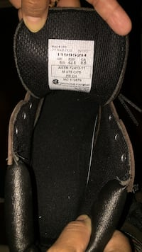 New Men's safety boot Size 8.5 Newmarket, L3Y 8M1