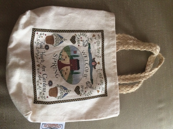 "Tote for an 18"" doll 2f96036a-4249-4d40-92b0-4ba5e36c02d8"