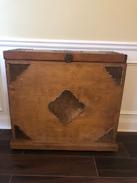Western wooden hide chest custom made Monroe, 30655