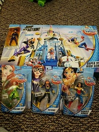 DC SuperHero Girls Playset and action figures Wyckoff, 07481