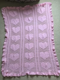 Hand crocheted throw/ light/ baby blanket Calgary, T2Y