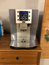 Delonghi Perfecta ESAM-5500.M fully automatic espresso machine