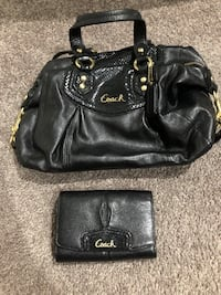 Black Coach purse with wallet Halethorpe, 21227