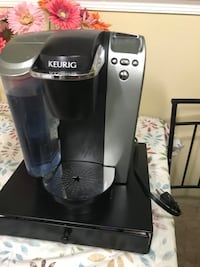 black and gray Keurig coffeemaker Alexandria, 22312