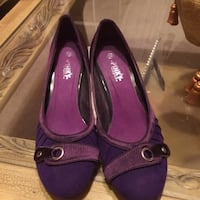 Woman dress shoes purple color 8.5 Jessup, 20794