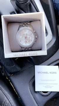 round silver Michael Kors chronograph watch with link bracelet Carlsbad, 92008