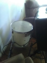 Set of 4 White Maxx Drums