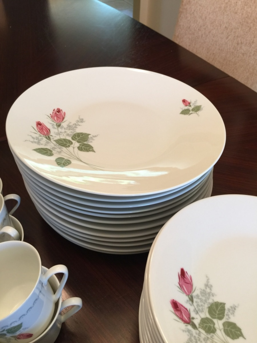 12 Place setting of china  - Stanhope