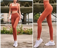 Sports bra & leggings set Toronto, M3J 1K7