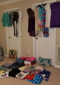 Huge Girls clothing lot sizes 8-14 Knoxville, 37922