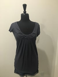 Grey top from Aritzia size S Oakville, T1Y