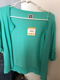 teal and white crew-neck t-shirt Ventura, 93003
