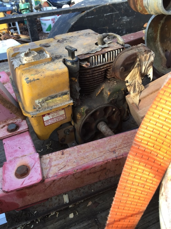 Small engine for sale it is a kohler magnum   Great running engine