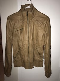 10$ new condition  London, N5Y 4V4