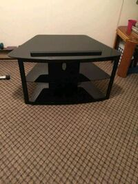 black and gray wooden TV stand Woodbridge, 22192
