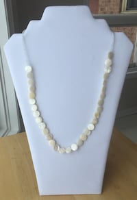 Women's white and brown beaded necklace Orillia, L3V 7R8
