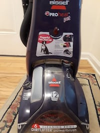 black and gray Bissell upright vacuum cleaner Cinnaminson, 08077