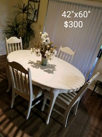 Vintage/Shabby dinning room table best offer Brandon, 33510