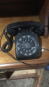 Black rotary phone antique old style still works like new North Bergen, 07047