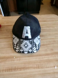 Justice hat Howell, 48855