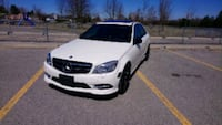 STUNNING C300 4MATIC low kms 2011 Toronto, M1B 2W1