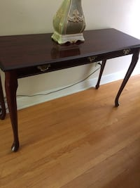 Console Table Beaconsfield, H9W