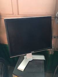 "DELL 20"" Computer Monitor Toronto, M6N 5C6"