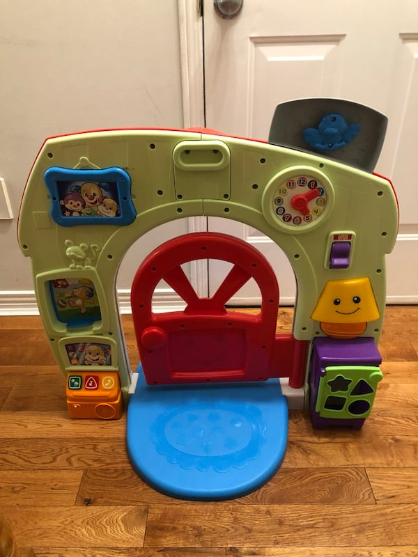 Fisher Price Learn and Grow home  ad961b83-c392-4af4-902f-840c04077f46