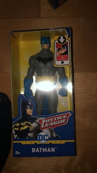 New justice league dc batman Laval, H7Y 2C1