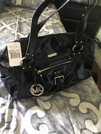 Authentic Michael Kors Satchel Maple Ridge, V2X 2Y4