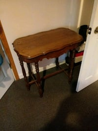 Antique table Michigan City, 46360