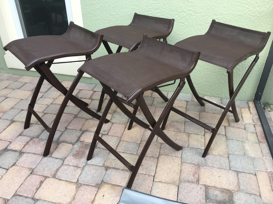 4 Brown Backless Mesh Outdoor Patio Bar Stools in Orlando  : 43f9d4ab6b2037ab1f558d2d03d85656 from us.letgo.com size 900 x 675 jpeg 173kB