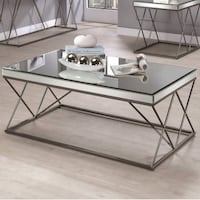 Modern Mirrored Coffee Table ( also have matching end / sofa table ) Hacienda Heights, 91745
