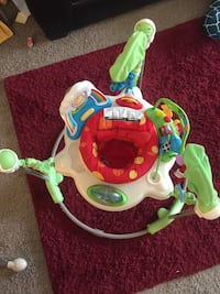 Baby's white and green jumperoo Maple Grove, 55311