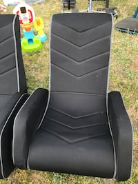 black and gray gaming chair