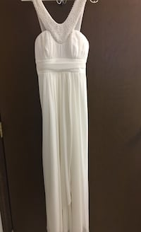 women's white sleeveless dress - size small. Worn once. Evening gown or minimalist wedding dress.  344 mi