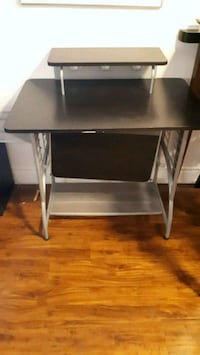 Student computer table for sale Mississauga, L5A