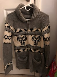 Tna sweater Vancouver
