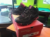pair of black-and-red Saucony hiking shoes with box Bridgeport, 06606