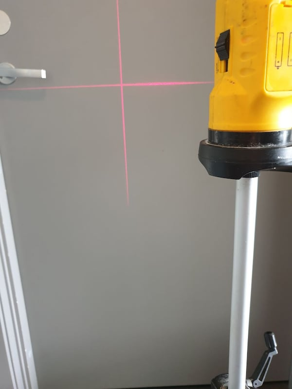 Laser - laveltech LD-SL01 Self levelling laser cross level f3aec5cd-4b71-4f15-aca3-7cf12833115c