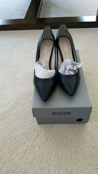 Kenneth Cole Shoes Surrey, V4N 1R3