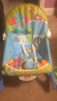 baby's blue and green bouncer Bowie, 20720