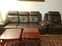 Recliner couch with 3 piece coffee table  Toronto, M3J 1L6