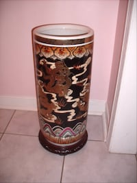 Chinese gold plated umbrella stand w rosewood base null