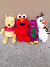 Disney teddy bears /selling all together