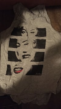 Women's grey tank tops with marilyn monroe portrait White Rock, V4B 2A6