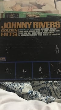 johnny rivers golden hits vinyl record Greenfield, 38230