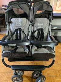 Baby's black and gray stroller good condition Laval, H7N 5H7