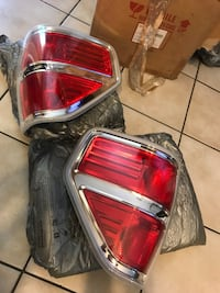 2012 Ford F-150 king ranch tail lights  Laredo, 78046